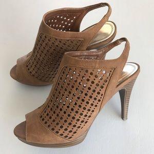 High heels size 8